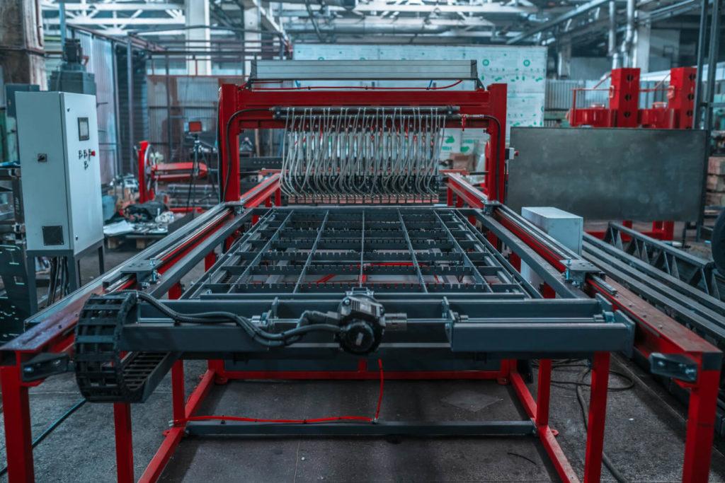 Полуавтоматическая линия сварки сеток в кондукторе серии PALK Фото-1693