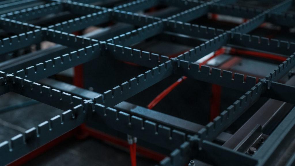 Полуавтоматическая линия сварки сеток в кондукторе серии PALK Фото-1695