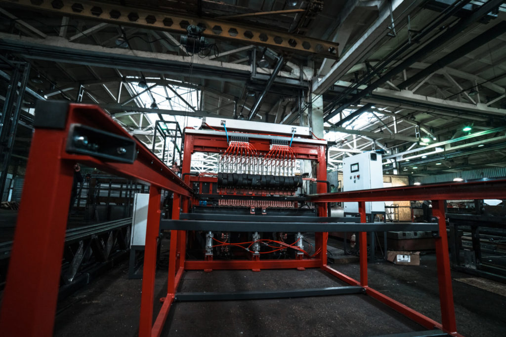 Полуавтоматическая линия сварки сеток в кондукторе серии PALK Фото-1706