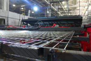 Полуавтоматическая линия сварки заборных 3D ограждений серии WLF-E